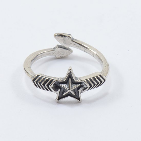 Cody Sanderson Sterling Silver Double Arrow with Small Star Ring