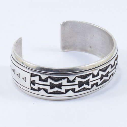 T & R Singer Sterling Silver Navajo Overlay Cuff